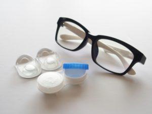 眼鏡とコンタクトレンズ