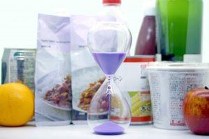 食品と砂時計